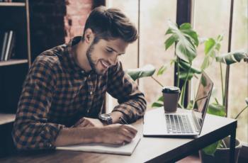 Trabalhar e Estudar: Os Desafios De Conciliar Carreira e Estudos